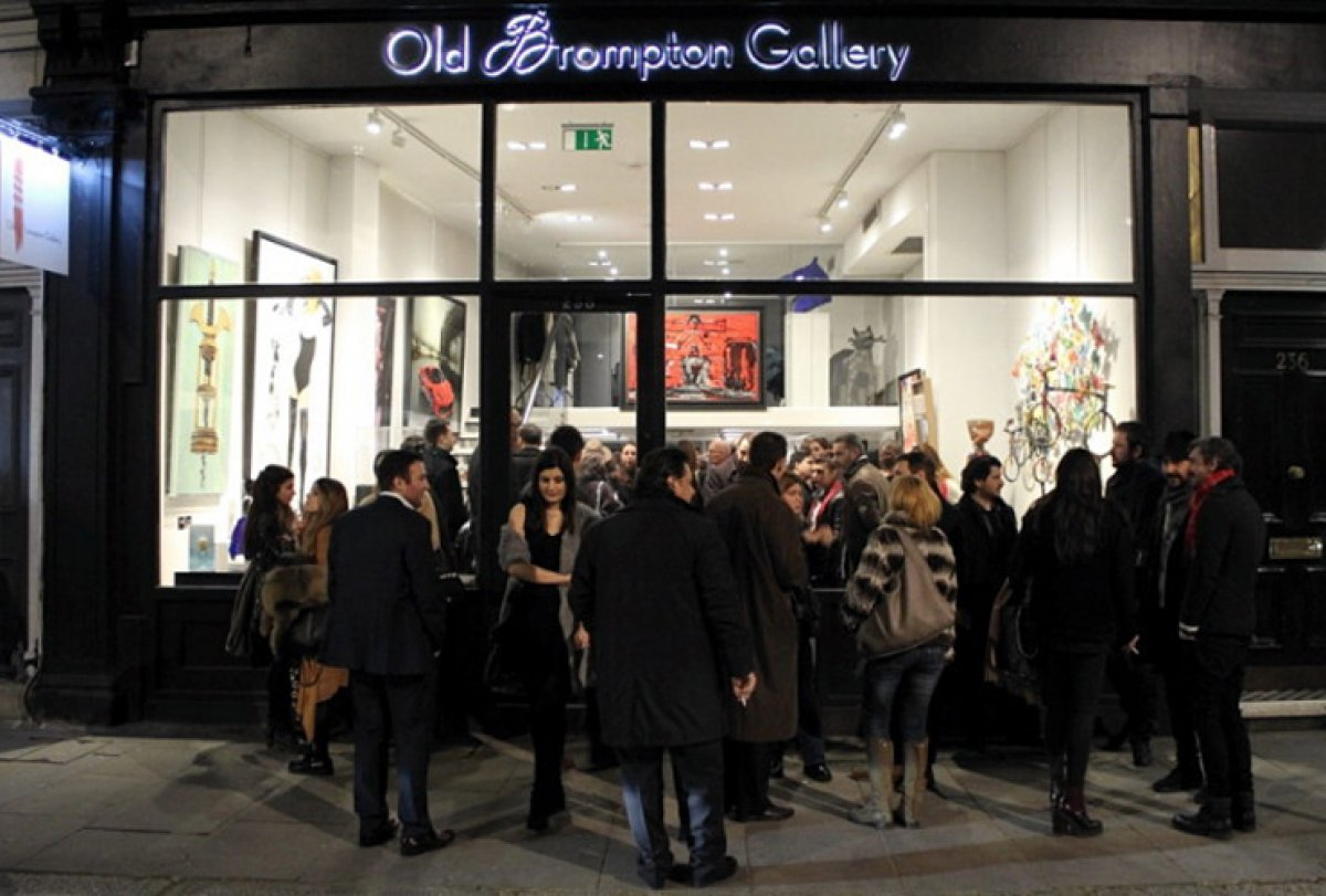 OLD BROMPTON GALLERY COLLABORATION WITH KAPOPOULOS FINE ARTS
